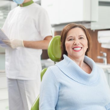 Signs that Indicate the Need for Dentures for Better Smiles – Wilton Manors, FL